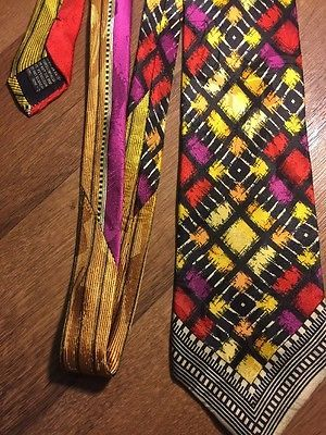 Versus Gianni Versace Men's Vintage Tie 100% Silk Red Black Yellow Geometric