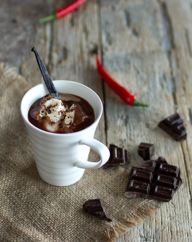 The Kiwi Cook | Spiced Hot Chocolate with Rum | http://thekiwicook.com