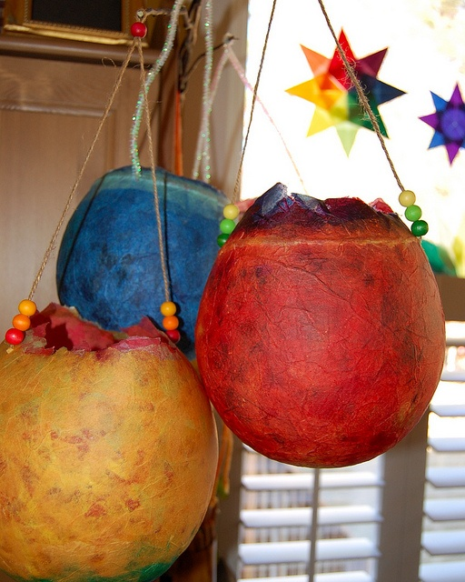 paper lanterns with beads