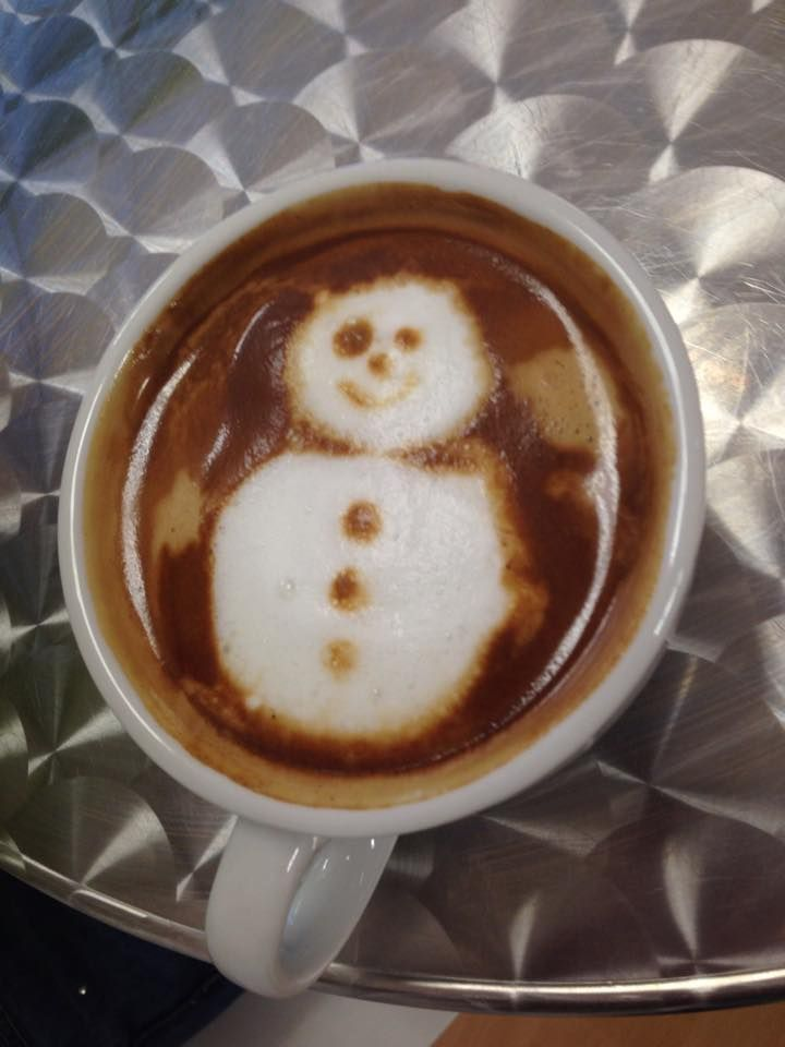 Hub Cafe - latte art by Pete, Dec 14