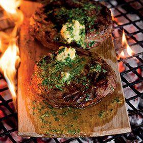 Rump steaks on oak braai planks with mustard butter