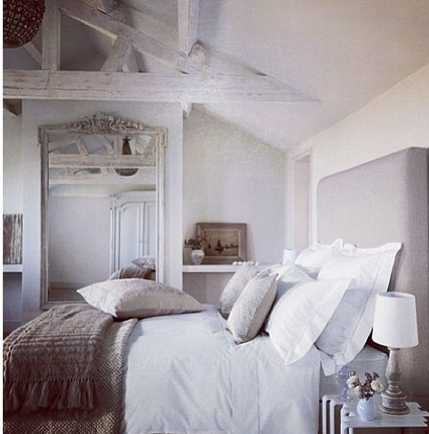 Grey Shabby Chic Bedroom: Shabby Chic, Grey And White Bedroom