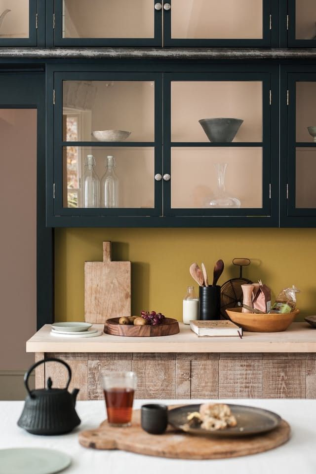 As part of our predictions for the trends that will dominate kitchen design in 2017, we're taking a deep dive into the world of color in the kitchen. What to look for: rich, muted hues that add excitement but also sophistication to the kitchen.