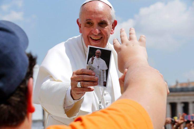 """Rádio Vaticano - Programa Brasileiro/ 8-die Bedeutung des GEMEINSCHAFTSLEBENS  """"Und hier möchte ich die Bedeutung des gesellschaftlichen Lebens, Beziehungen der Freundschaft und Brüderlichkeit hervorheben, ...../ https://www.facebook.com/photo.php?fbid=431523323622387=a.387957674645619.1073741922.204528906321831=1"""