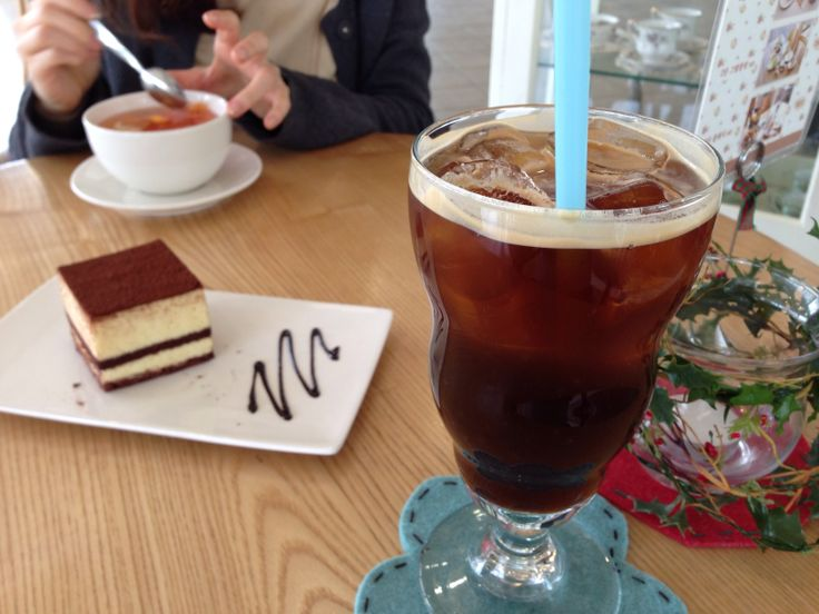 커피와 디저트가 맛있는 곳~특히 삼단셋트가 있다는 것!! @릴리블랑(lily blanc)