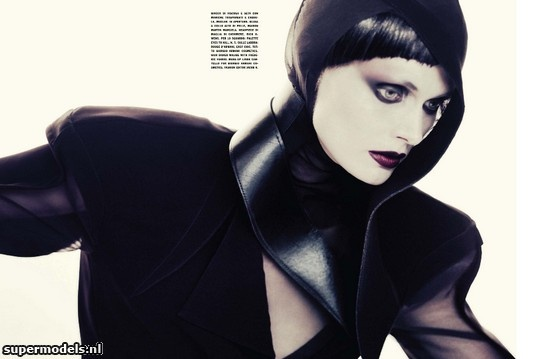 Malgosia Bela in 'Black Fascination' - Photographed by Paolo Roversi (Vogue Italia November 2012)    Complete shoot after the click...