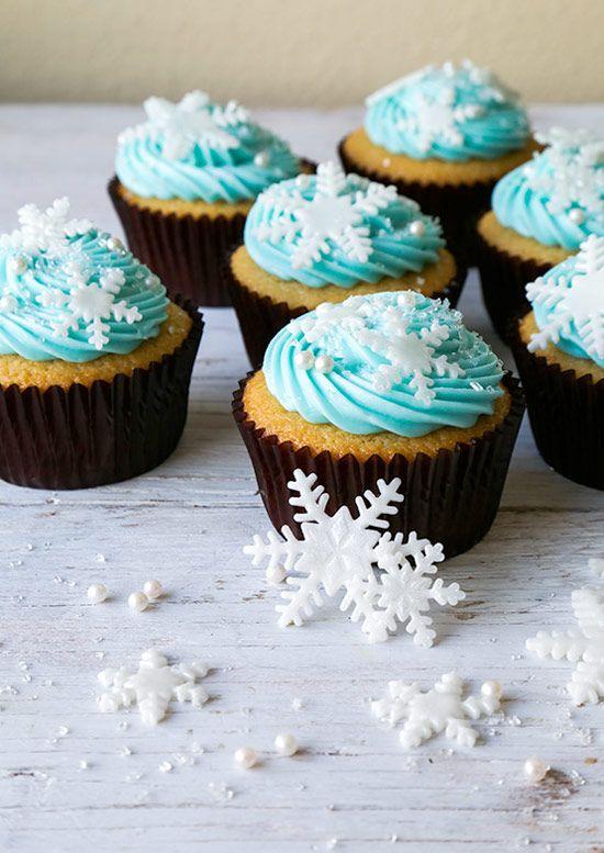 Vanilla Snowflake Cupcakes | Cupcakes Recipes | The Cupcake Daily Blog