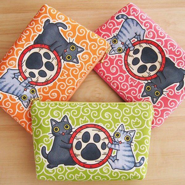 Now Available: Handmade Cute Cats Zipper Purse 🐈