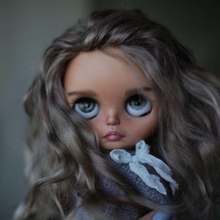 Reserved!!! Deya••ooak custom blythe doll with mohair weft hair