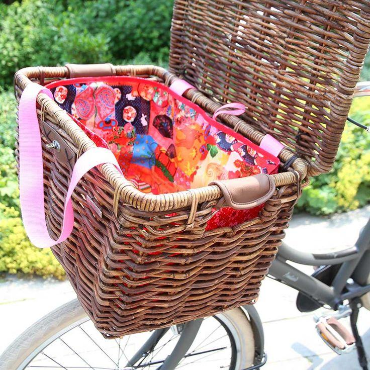 Tas in je fietsmand naaien