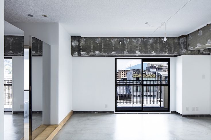 Gallery of Xchange Apartments / TANK - 6