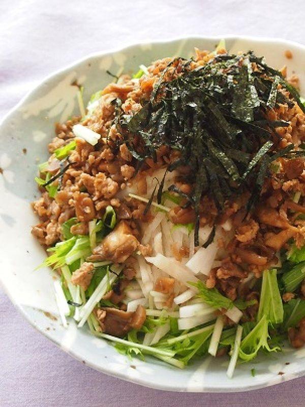 やみつき!大根と水菜のきのこ鶏そぼろドレサラダ by 河埜 玲子 ...