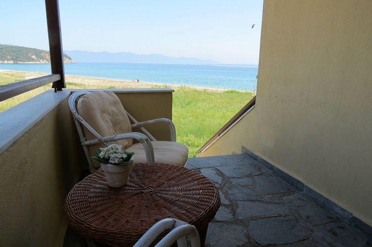 Amazing sea-view, beachfront house