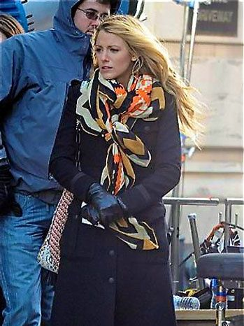 103 Best Images About Celebrity Scarf Looks On Pinterest