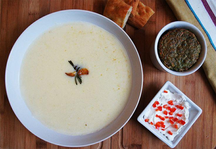 Supa crema de cartofi cu usturoi copt si rozmarin, souffle de spanac si iaurt grecesc.