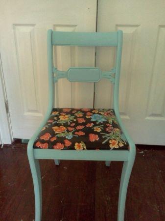 Austin: Robin Eggu0027s Blue Chair $35   Do This To My New Sewing Chair