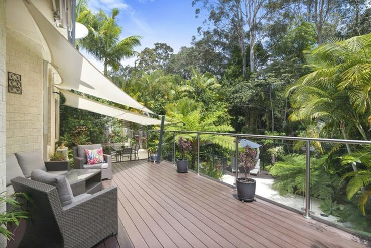 💐🌴🌷🌈🍃 Surround yourself with nature in this beautiful Elanora home. The fabulous outside entertaining area with timber decking, wind out awning and timber shutters, leads to a beautiful pool backing onto a nature reserve. You just have to see this home. Interest Over $770,000