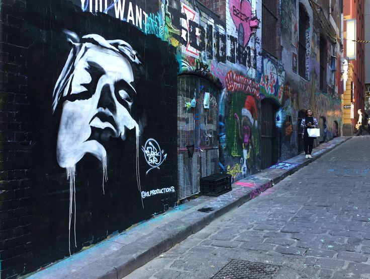 """Breathe"" by @kilproductions - #hosierlane December 2016. Black and white only. #portrait #art #streetart #aerosolart #graffiti #bzerkone #montanacans_au #streetarteverywhere #2016"
