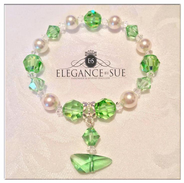 Green Crystal & Pearl Stretch Bracelet by ElegancebySue on Etsy