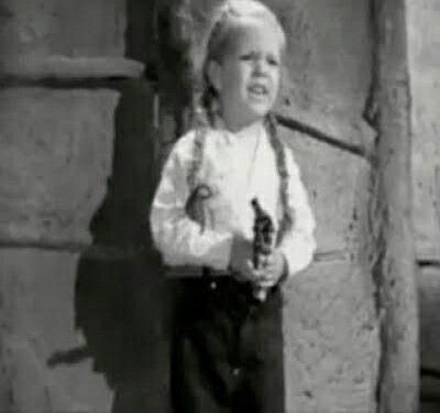 Maria eugenia la tusita trabajo a lado de pedro infante en varias peluculas