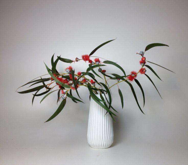 25 best bloemen en mode images on pinterest floral fashion floral dresses and flower dresses. Black Bedroom Furniture Sets. Home Design Ideas