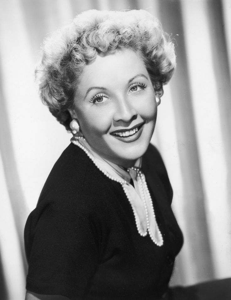 "Famous July 26 Birthdays in History | 'I Love Lucy' actress Vivian Vance, ""Drift Away"" singer-songwriter DObie Gray, 'The Shining' director Stanley Kubrick, 'The Dukes of Hazzard' actor James Best, 'Berenstain Bears' author and illustrator Jan Berenstain, and Irish playwright George Bernard Shaw were all born on this day in history."