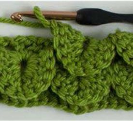 Crocodile stitch crochet instructions, I can't wait to give it a try! Featured in the free eBook:  A Free Guide to Crocheting Stitches Including Crocodile Stitch, Hairpin Lace and More