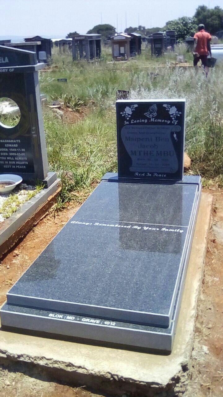Tombstone installed at Lotus Garden - Pretoria 17/01/2018
