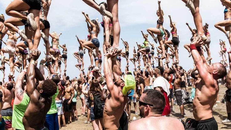 capturing america's male cheerleaders