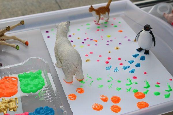 Maman Nougatine Petites empreintes animales en peinture. - Maman Nougatine
