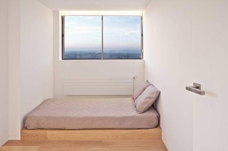 Kleines Schlafzimmer einrichten - mit diesen Tricks wirkt's größer