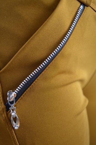 Pantaloni femei T31 Mustariu