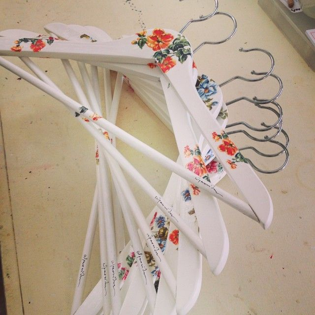 flower hangers for clothes !!!!!!!!!!!!!!!!!
