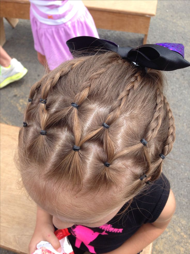 Little Girl Hairstyle - Cute hair for dance recital.