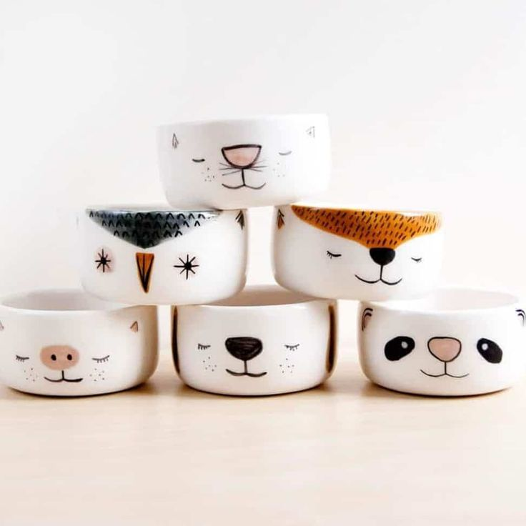 Handmade ceramics by Noemarin. Visit our blog to see a curated collection of some of the best modern ceramics available to buy online theartfolk.com