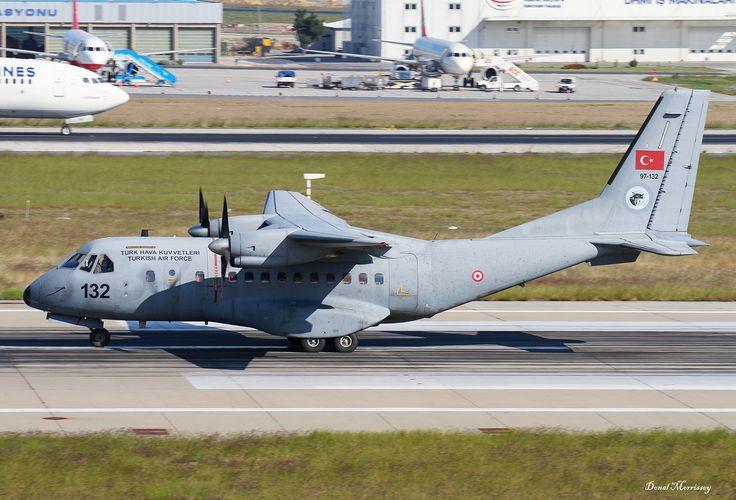 Turkish Air Force CASA 97-132 | Turkish Air force CASA CN-235-100M 97-132 depart Istanbul.