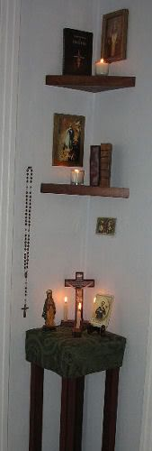 prayer corner- I like that it has so much in such a small place