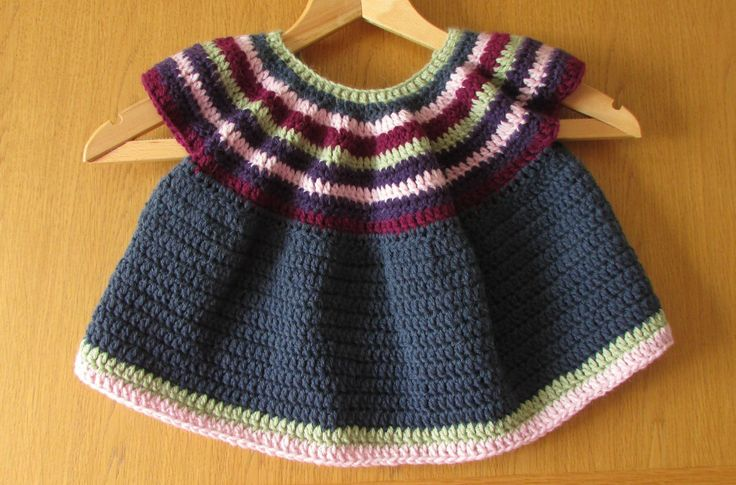 This video is a detailed step by step tutorial on how to crochet a little girls top / shirt / blouse. This pattern can also be made into a dress or tunic. Fo...