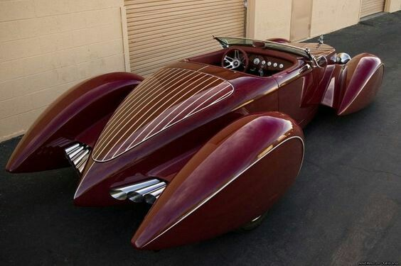 1932 Auburn - V12 Boattail Speedster. source