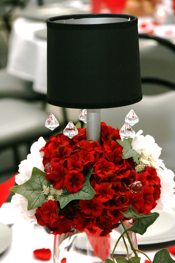 Black And Red Table Ideas