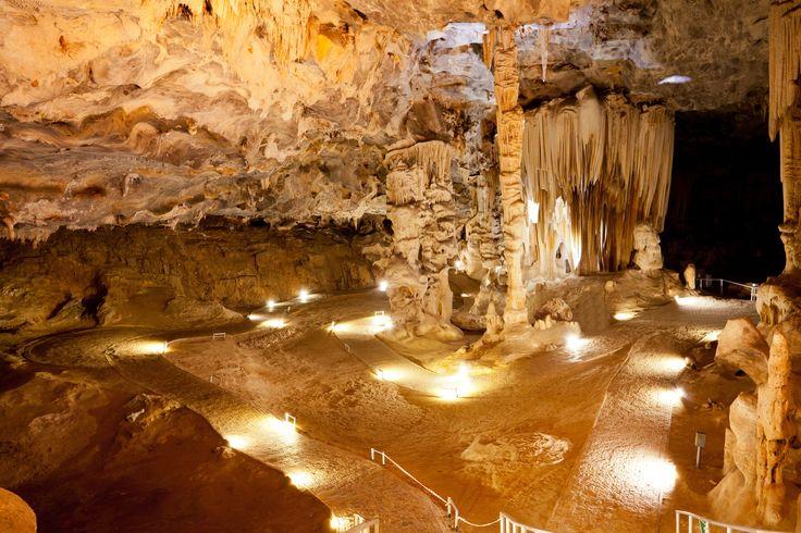 Les grottes du Cango en Afrique du Sud : Les plus belles grottes du monde - Linternaute