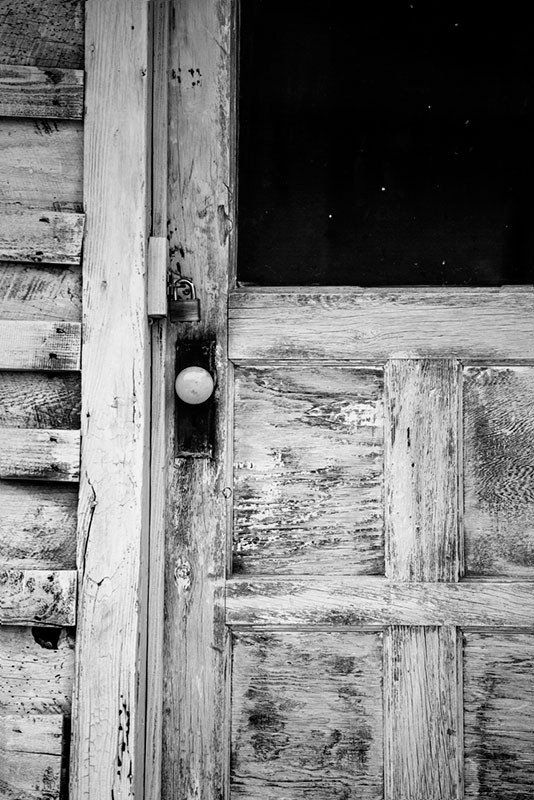 Weathered Front Door on the House of Blues Legend Sleepy John Estes in Brownsville, Tennessee (RQ0A7685)