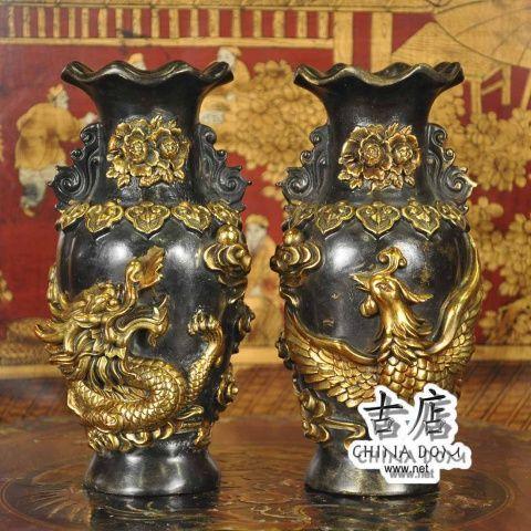 """Китайские вазы, парные """"Дракон & Феникс"""" - цена за пару. Китайские парные вазы, """"Дракон & Феникс"""" - талисман, приносящий счастье, радость и умиротворение; вазы, улавливают и накапливают позитивную энергию. Изображения феникса и дракона в паре, символизирует высшую гармонию в браке."""