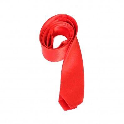 cr cravatta raso di color rosso