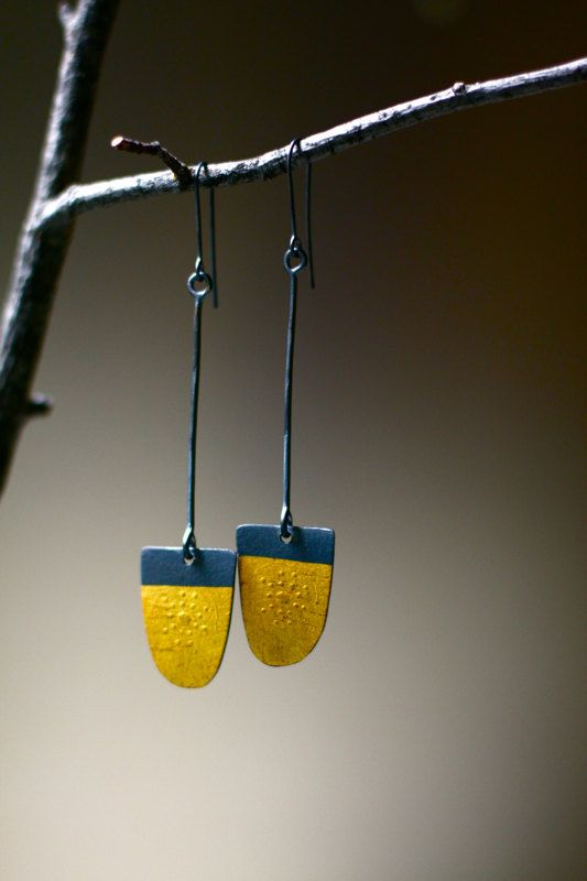 Sinking Stones Earrings by thenoisyplume on Etsy