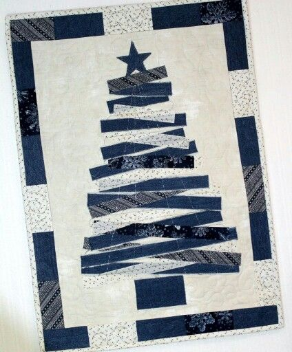 25 best Holiday Quilts images on Pinterest Christmas ornaments