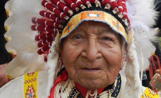 Morto il capo indiano David Aquila Calva. Recitò in Balla coi lupi