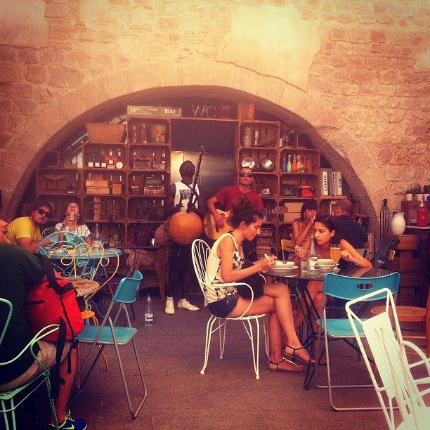 Barcelona Mini City Guide Cadogan Guide to Barcelona amp Catalonia