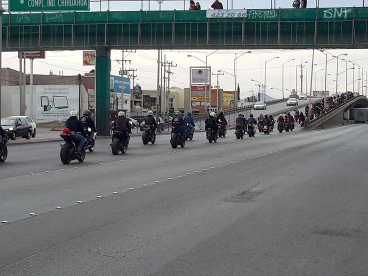 Emotivo acompañamiento de la comunidad biker en su último adiós a motociclista fallecido el sábado en accidente vial | El Puntero