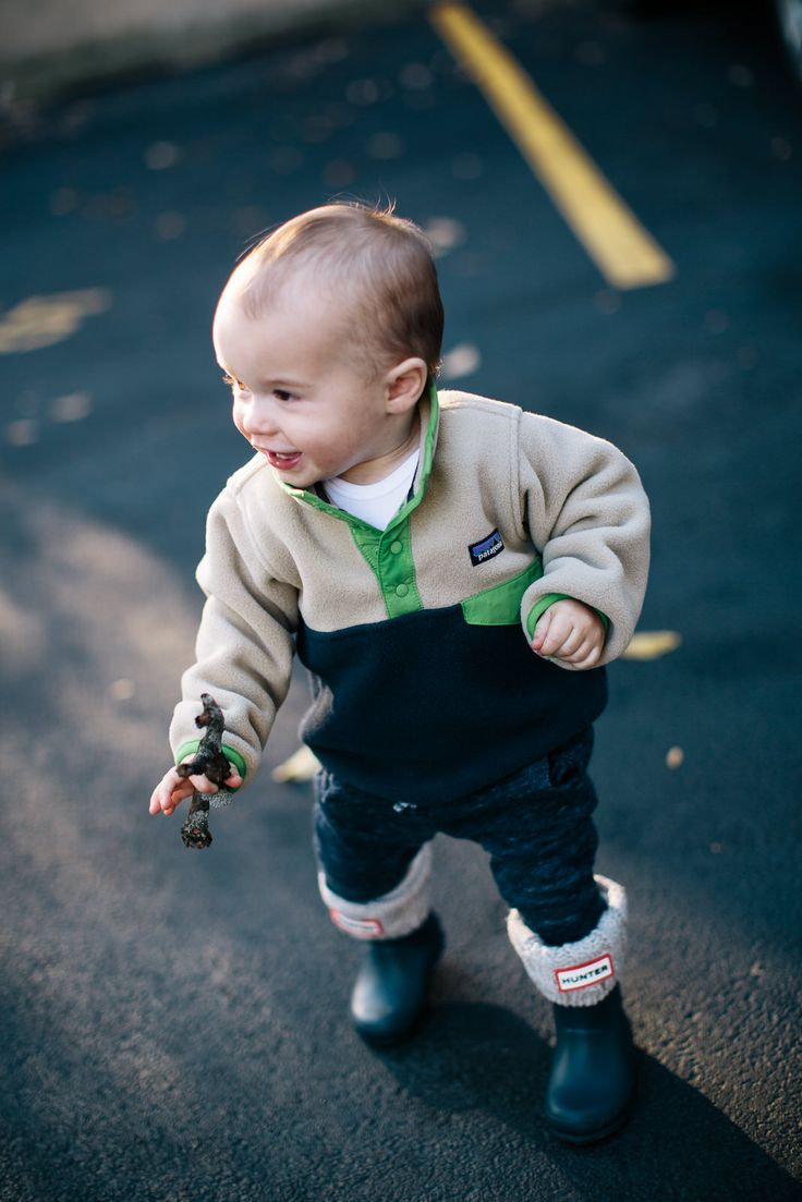 hunter boots and patagonia for baby boy #giftguide #giftideas #holidays